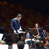 Free professional pictures: Fabien Lévy in a rehearsal with Orchestre National de France.